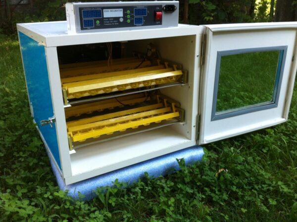 incubator automat 96 oua gaina